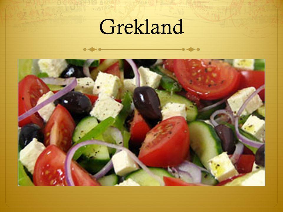 Fetaostsallad/ Grekisk sallad  Grekisk Sallad   Recept Grekisk Sallad  (2-3 personer)  Ingredienser:  5 stora solmogna tomater  300-400 gram fetaost, gärna riktig feta från Grekland  Olivolja, valfri mängd.