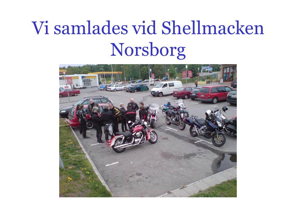 Vi samlades vid Shellmacken Norsborg
