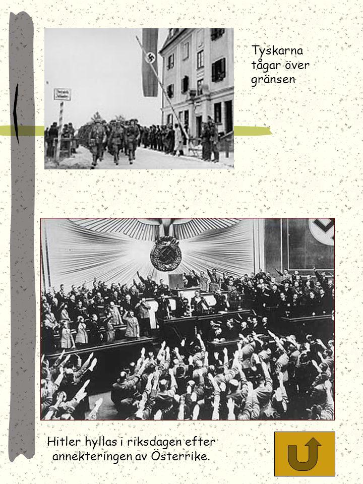 Franco fick Hitlers stöd i statskuppen som förde honom till makten Tyska bombplan på väg att utföra en räd i spanska inbördeskriget. Kriget gav tyskar