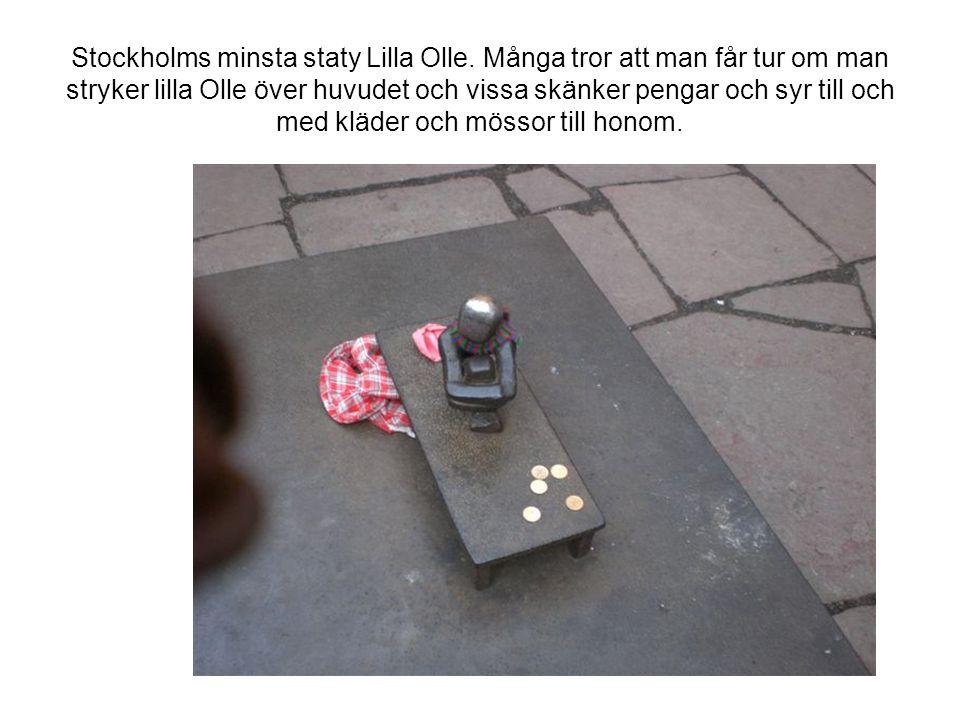 Stockholms minsta staty Lilla Olle.