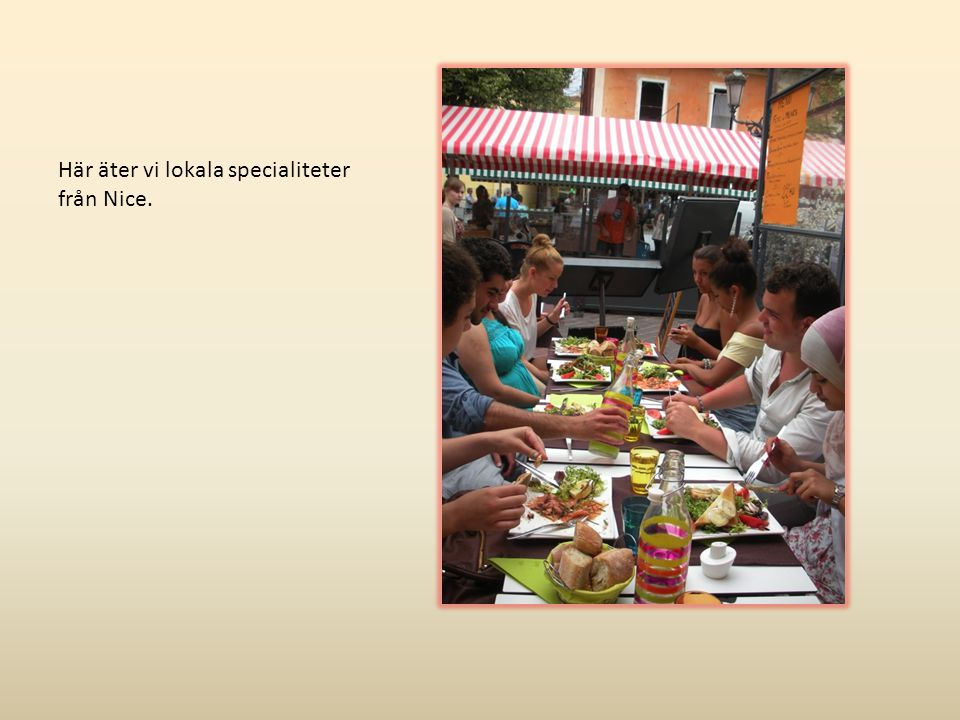 Här äter vi lokala specialiteter från Nice.