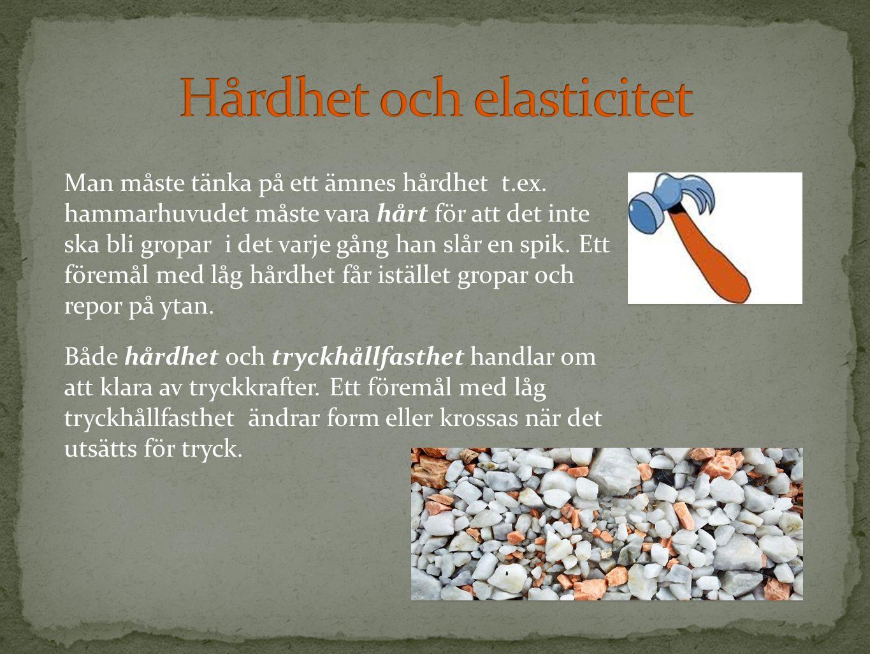 Till tak av olika slag använder man ofta korrugerad plåt eller plast.