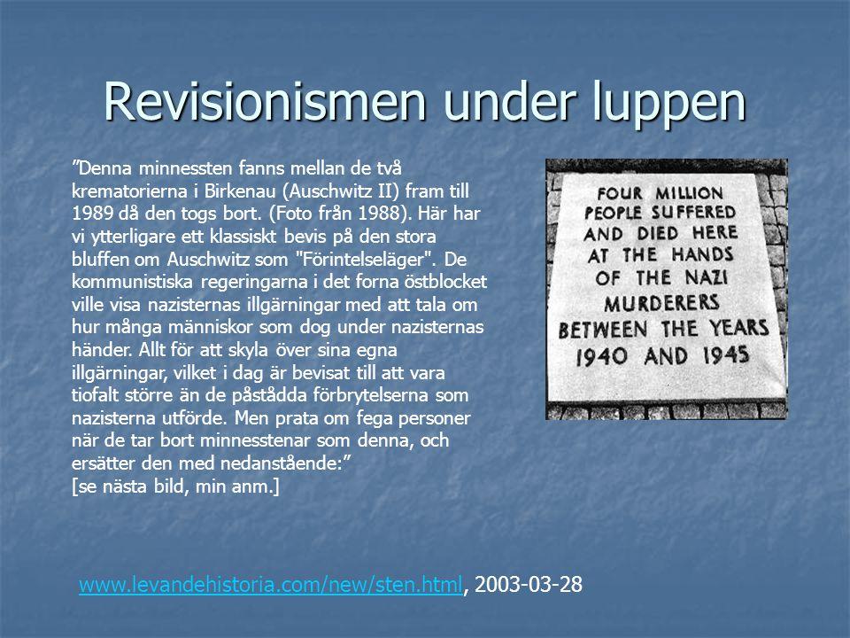 """Revisionismen under luppen """"Denna minnessten fanns mellan de två krematorierna i Birkenau (Auschwitz II) fram till 1989 då den togs bort. (Foto från 1"""