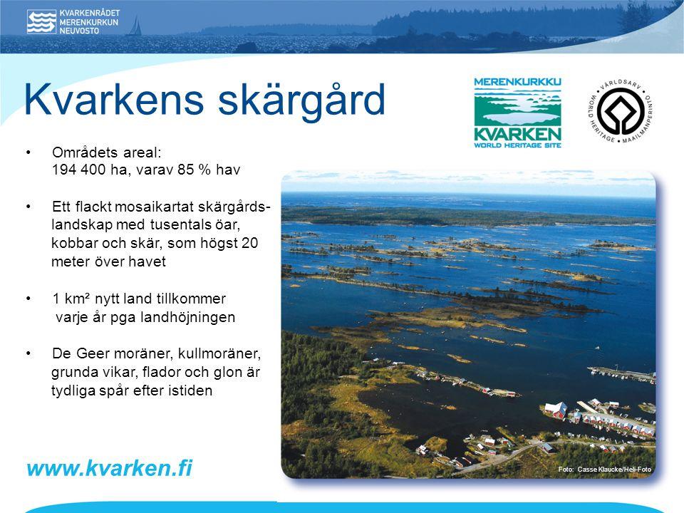 • Områdets areal: 194 400 ha, varav 85 % hav • Ett flackt mosaikartat skärgårds- landskap med tusentals öar, kobbar och skär, som högst 20 meter över