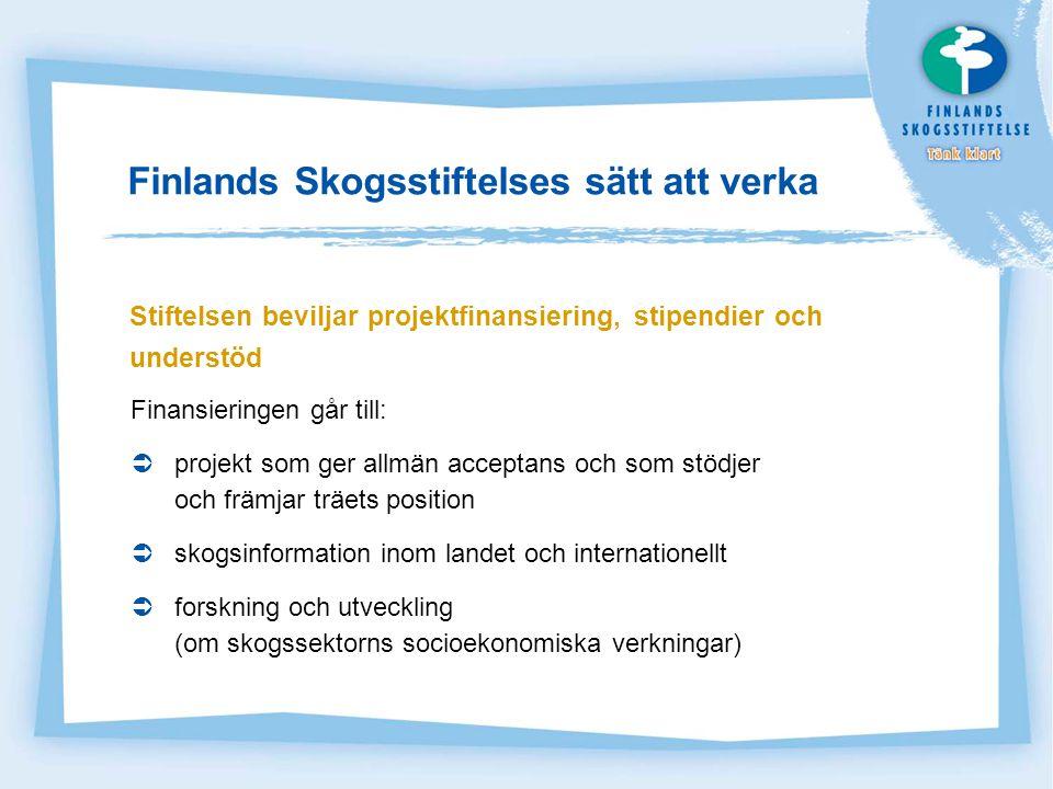 Målgrupperna för de av Finlands Skogsstiftelse finansierade projekten  Beslutsfattare, påverkare, opinionsbildare, de som gör upp byggnormer, föregångare inom materialanvändning.