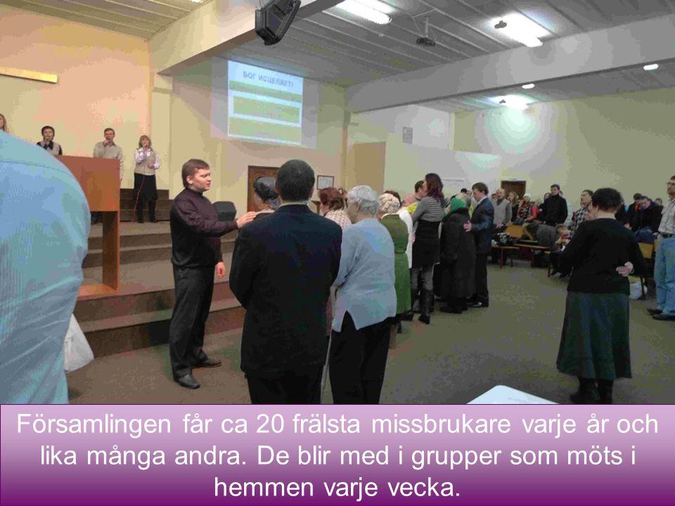 18 Församlingen får ca 20 frälsta missbrukare varje år och lika många andra. De blir med i grupper som möts i hemmen varje vecka.