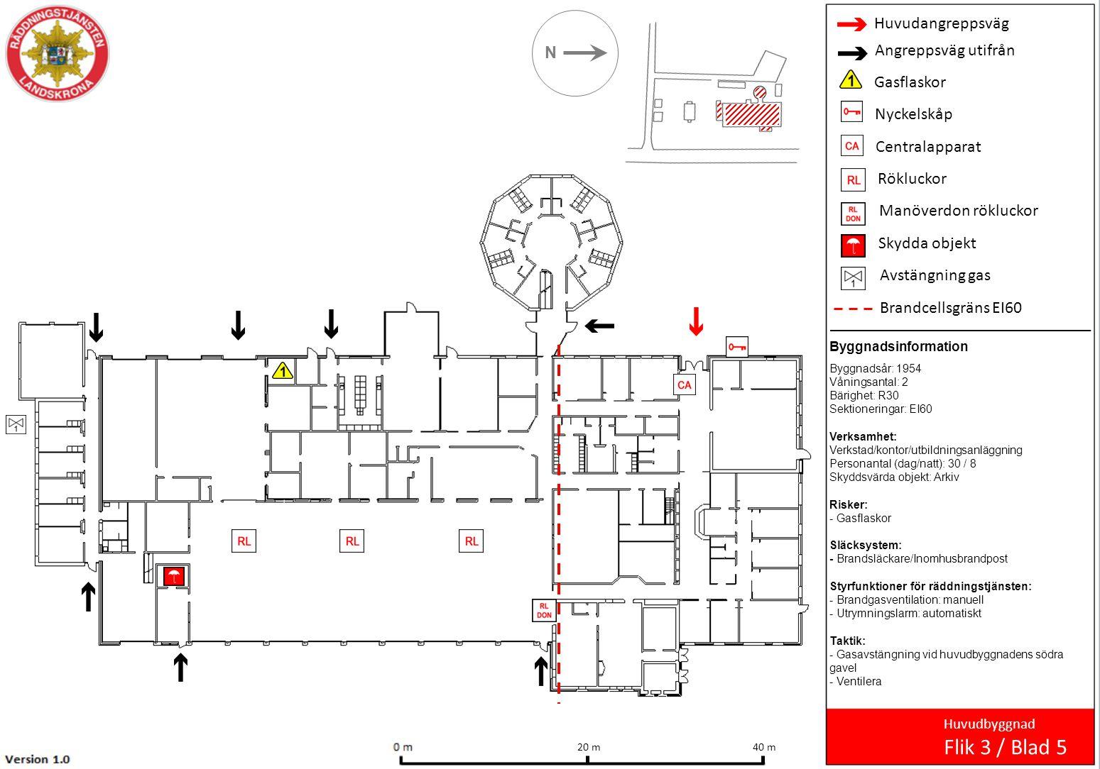 Huvudangreppsväg Angreppsväg utifrån Inomhusbrandpost Handbrandsläckare Undercentral N Övningshus, plan 0 Flik 4 / Blad 6 7 m 5 m Byggnadsinformation Byggnadsår: 1954 Våningsantal: 3 Bärighet: R30 Sektioneringar: EI60 Verksamhet: Övningar inom räddning Risker: - Komplicerade utrymmen Släcksystem: - Brandsläckare/Inomhusbrandpost