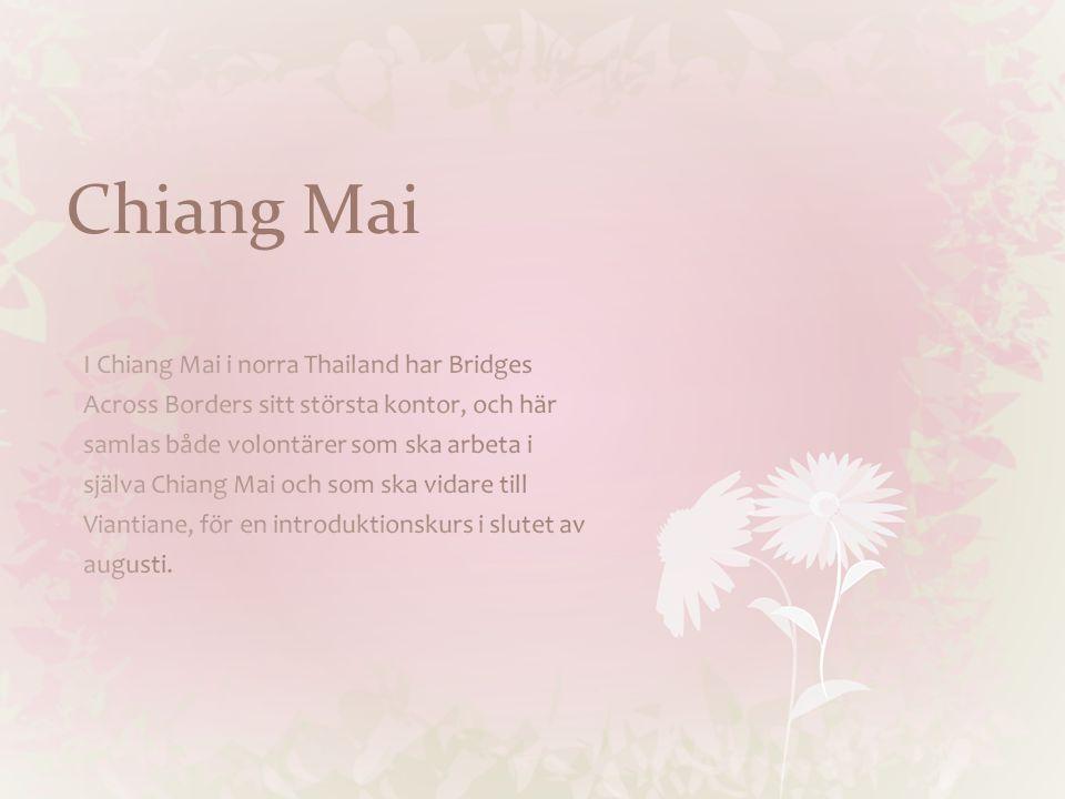 Staden Chiang Mai har cirka 200 000 invånare och ligger i norra, bergigaThailand.