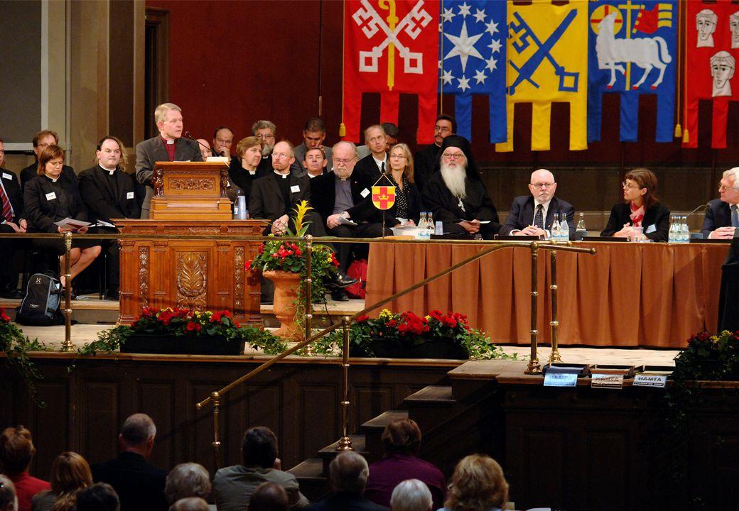 5 Uppdrag I kyrkoordningen nämns gemensam information som ett av den nationella nivåns särskilda uppdrag.
