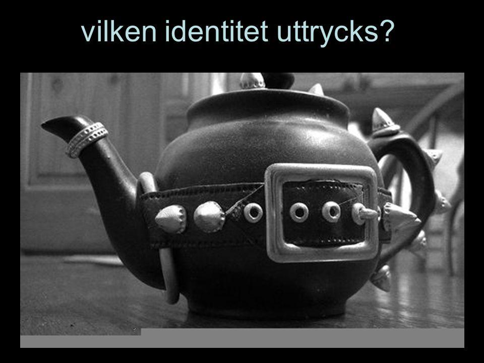 vilken identitet uttrycks?
