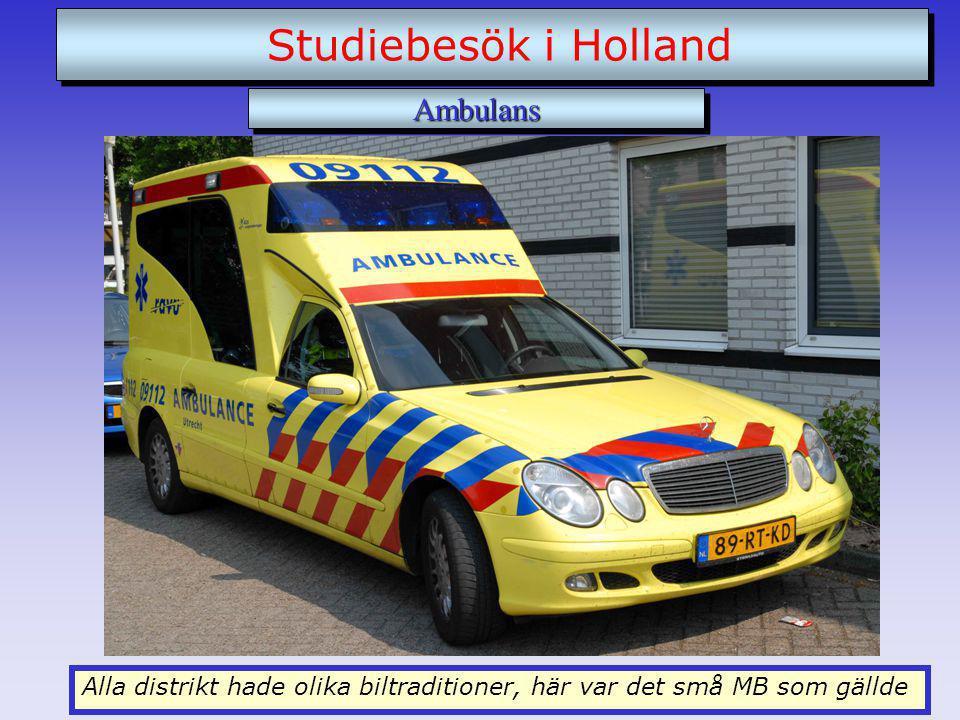 Alla distrikt hade olika biltraditioner, här var det små MB som gällde Studiebesök i Holland AmbulansAmbulans