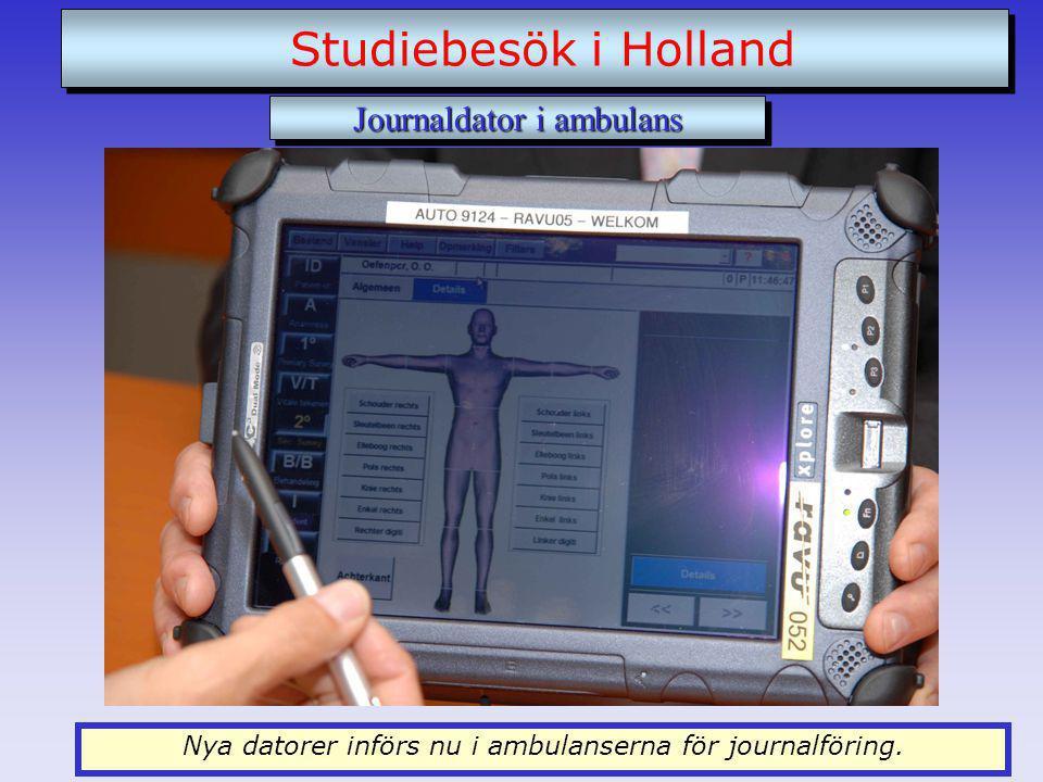 Nya datorer införs nu i ambulanserna för journalföring.