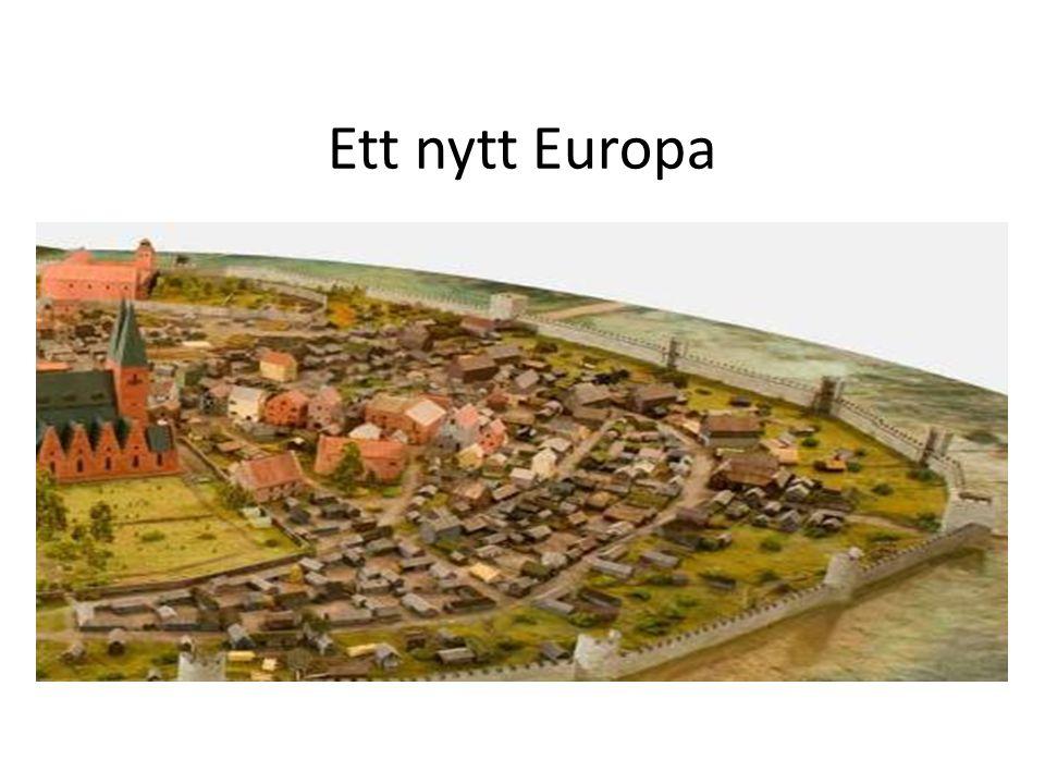 På 700-talet hade Västrom fallit sönder i småriken.