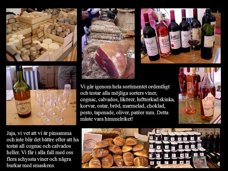 Vi går igenom hela sortimentet ordentligt och testar alla möjliga sorters viner, cognac, calvados, likörer, lufttorkad skinka, korvar, ostar, bröd, marmelad, choklad, pesto, tapenade, oliver, patéer mm.