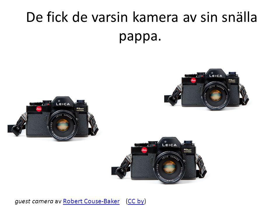 De fick de varsin kamera av sin snälla pappa. guest camera av Robert Couse-Baker (CC by)Robert Couse-BakerCC by