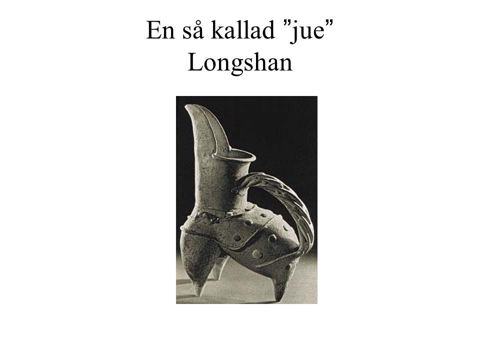 """En så kallad """"jue"""" Longshan"""