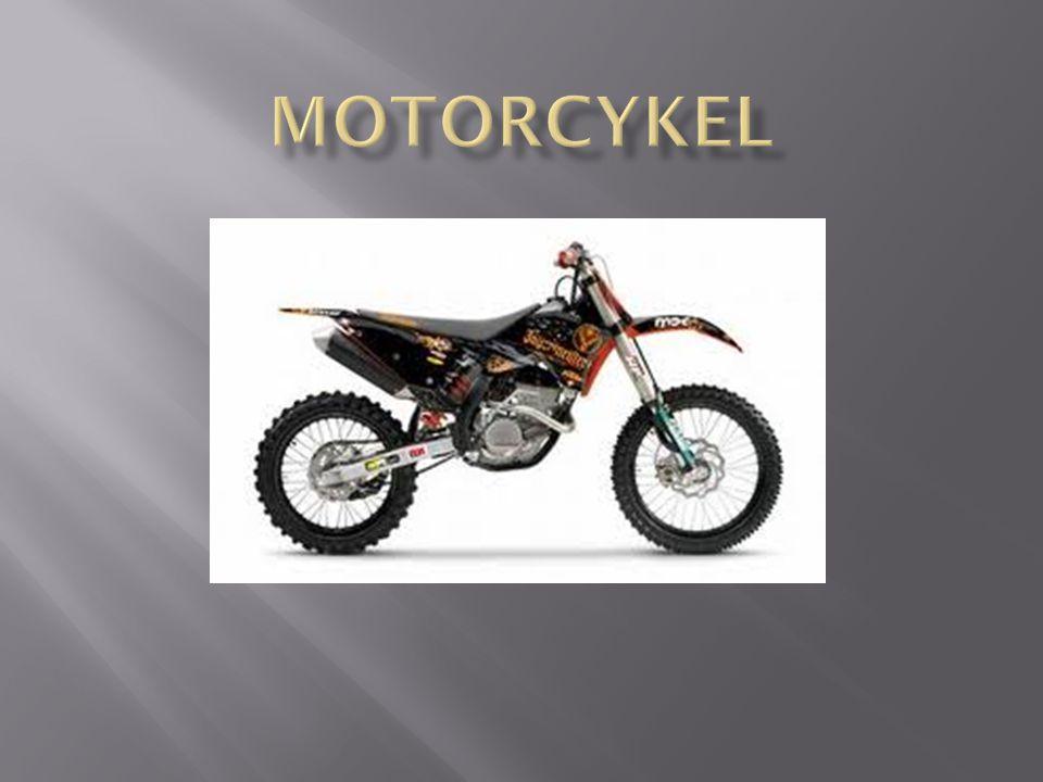  En motorcykel är ett fordon med två hjul och har en motor på minst 50cc.