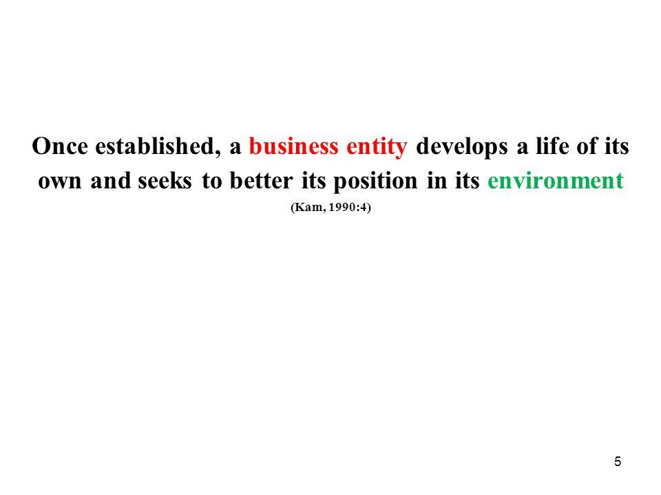 6 Ekonomistyrning - definitioner Traditionell definition: Ekonomistyrning avser all den planering och uppföljning som bedrivs i företag där måttenheten är pengar Modern definition (Nationalencyklopedin): Ekonomistyrning avser avsiktlig påverkan på en verksamhet och dess befattningshavare mot vissa mål