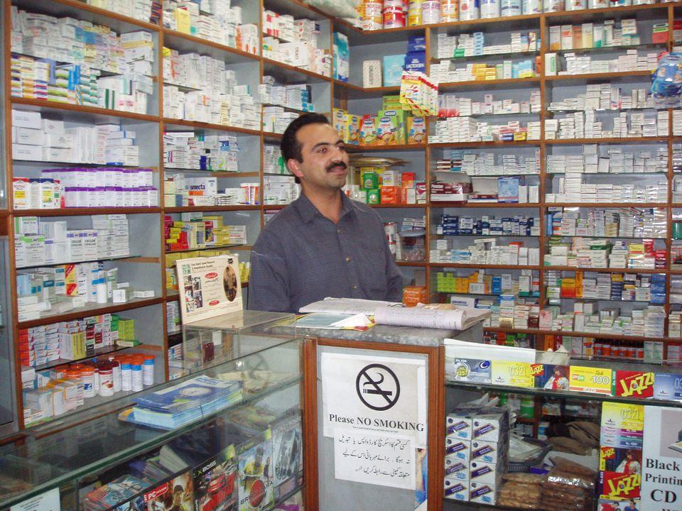 Socialstyrelsens läkemedelsregister 2005-09-01– 2006-08-31 Kvinnor som fått minst en antibiotikakur Ålder 65-79 32% 80+ 42% Kvinnor som fått mer än 10 kurer Ålder 80+ 2%