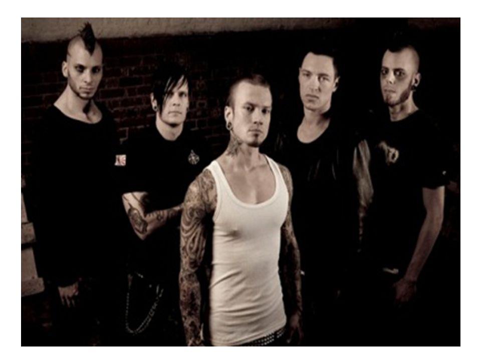 Bandet hann inte släppa sitt första studioalbum innan de fick ett erbjudande hos skivbolagsjätten Universal.
