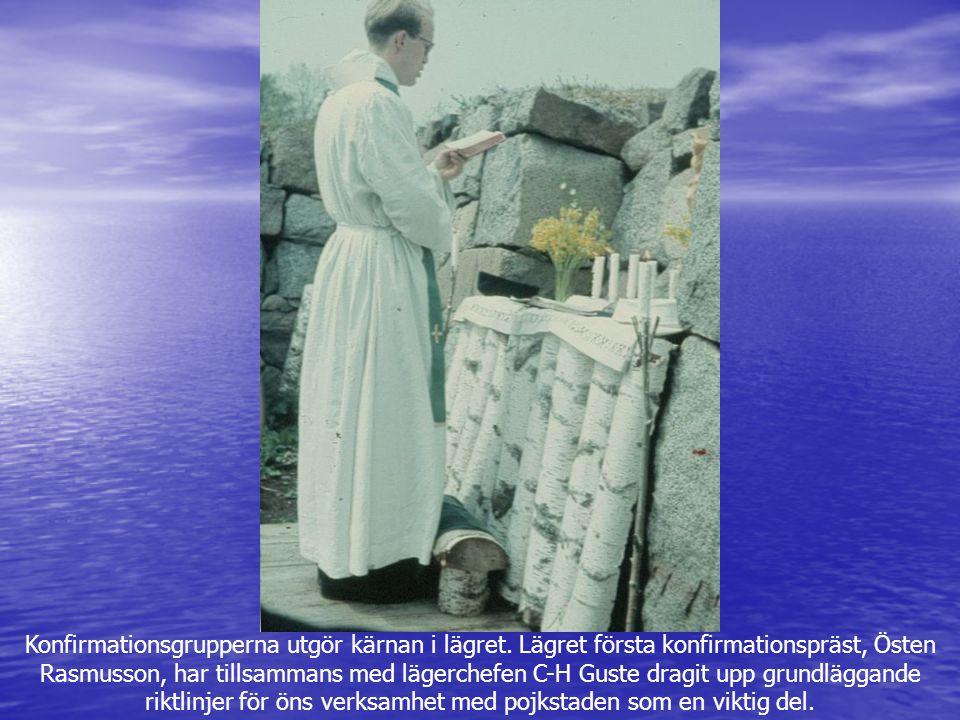Konfirmationsgrupperna utgör kärnan i lägret. Lägret första konfirmationspräst, Östen Rasmusson, har tillsammans med lägerchefen C-H Guste dragit upp