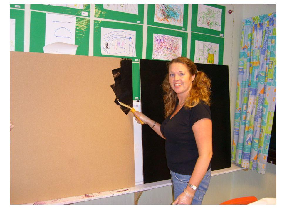 Här målar vi hagar med siffror som barnen kan hoppa i och lära sig siffrorna på ett kul sätt.