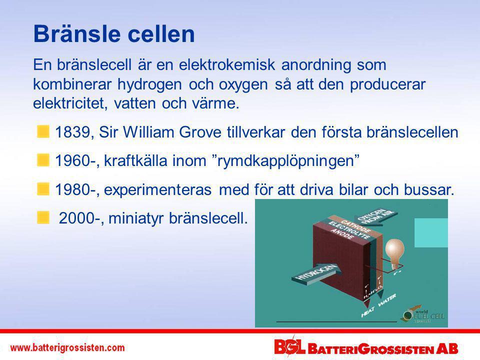Bränsle cellen En bränslecell är en elektrokemisk anordning som kombinerar hydrogen och oxygen så att den producerar elektricitet, vatten och värme.
