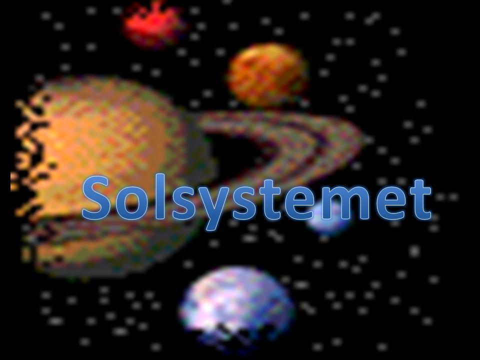 Solen är en medelstor stjärna.Solens yta är ca 5500 grader.