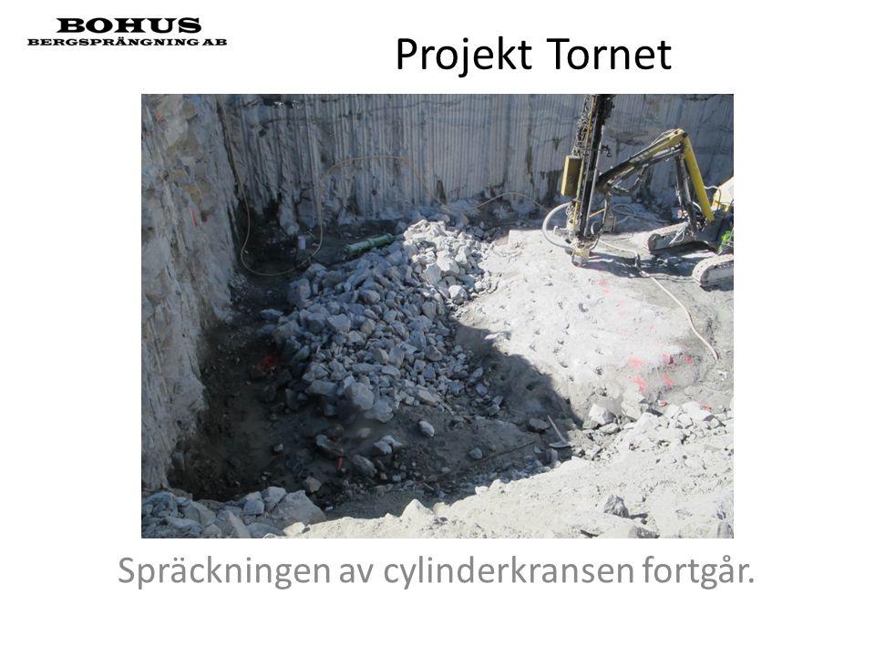 Projekt Tornet Spräckningen av cylinderkransen fortgår.